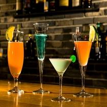 大人の贅沢:食後のバーで一杯