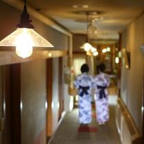 ◆温玉荘 かわいらしいランプが並びます