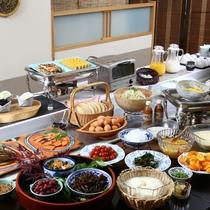 ◆朝食バイキング 地元の味をお楽しみください