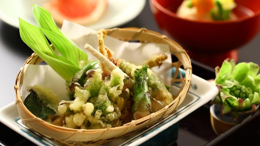 ご夕食一例 季節の天ぷら