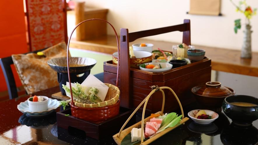 【お部屋食プラン】お部屋でゆっくりご夕食を。