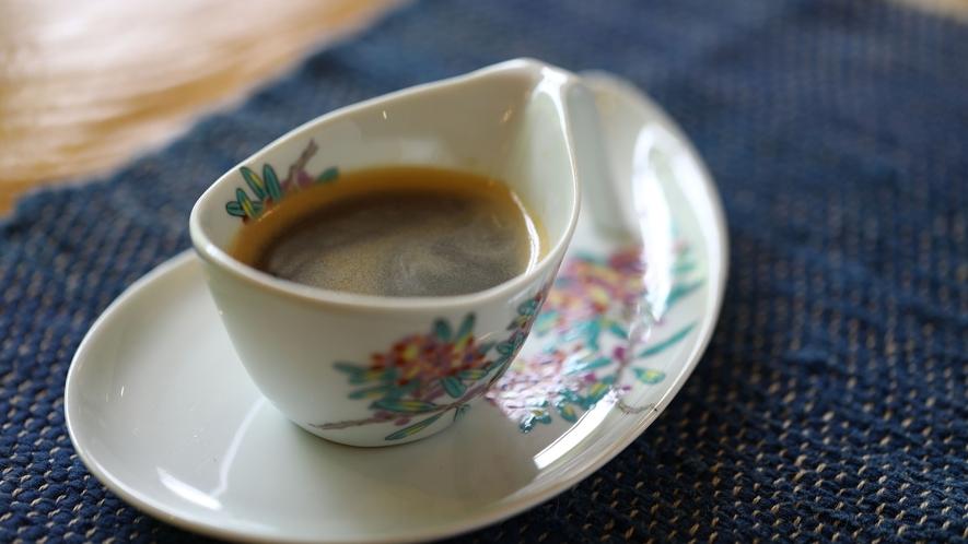 ロビーでコーヒーをご自由にどうぞ