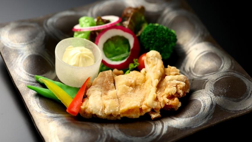 別注料理:ハーブ鶏山賊焼き