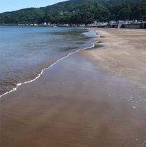 【周辺】細かい砂の宇佐美海岸