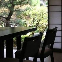 椅子テーブル02