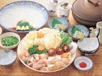 【テッチリ鍋で旬の野菜とふぐをご堪能!】