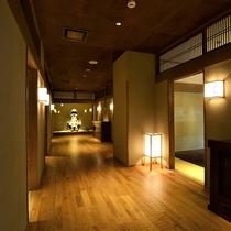 ダイニング個室廊下