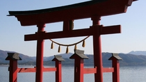 御座石神社 田沢湖畔たつこ像周辺