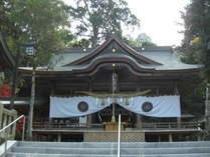 【西寒多神社】ご利益は、縁結び・学業成就・家内安全・交通安全・厄除・火難除・五穀豊穣など。