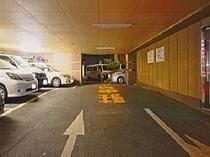 【ホテル下駐車場】10台駐車可能!人気なのでお早めにご予約を。※満車の場合は振り替えとなります。