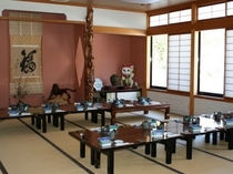 広間(食堂)