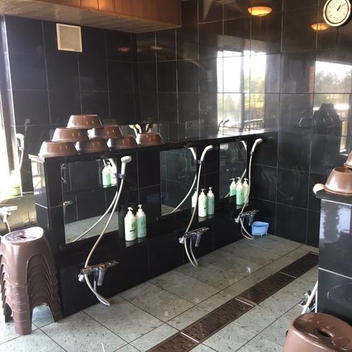 【男性用お風呂(壱の湯)】シャンプー、ボディーソープのご用意がございます