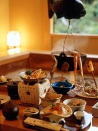 囲炉裏の間 料理イメージ
