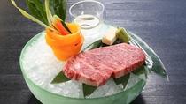 【サーロインステーキ】最高級国産牛ステーキを抜群の焼き加減で。