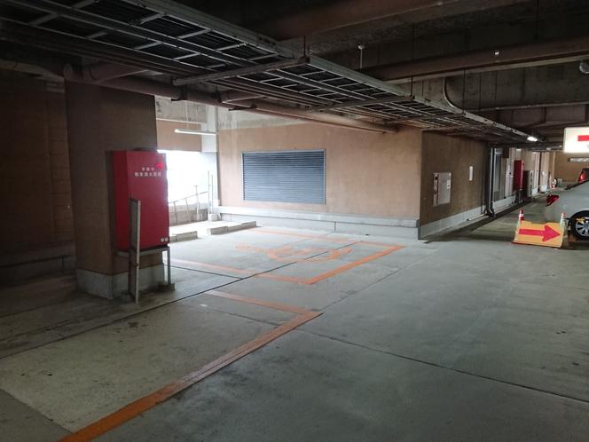 5F駐車場4