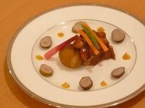 箱根山麓豚の角煮 トロトロですよ♪