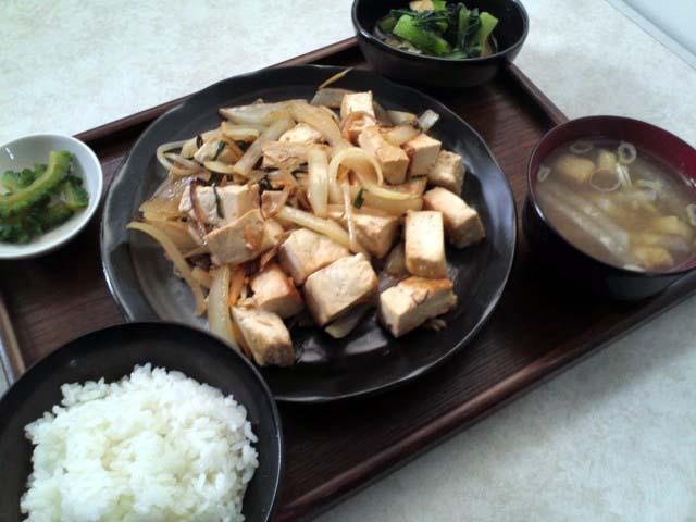 豆腐ちゃんぷる定食【日替定食】