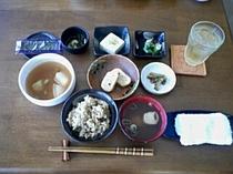 朝食の一例②