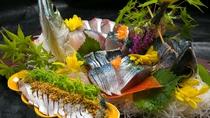 ■夕食イメージ■【関サバ】濃厚な旨味を持った関サバの刺身は絶品。