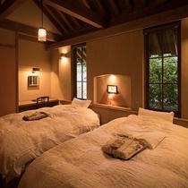 ■伽羅■寝室