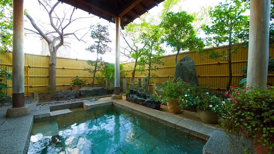 【素泊まり】★豊田ICから車で5分・駐車場無料★四季折々の風景を楽しむ庭園露天風呂でリフレッシュ!