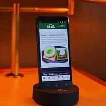 ■handyスマートフォン■データ使い放題!ホテルや周辺情報も搭載で海外のお客様も安心