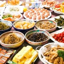 ■ホテル自慢の朝食■品数豊富な朝食バイキング!名物の手羽先や八丁味噌のお味噌汁等目移りしそう♪