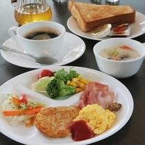 朝食(洋食盛り付け)