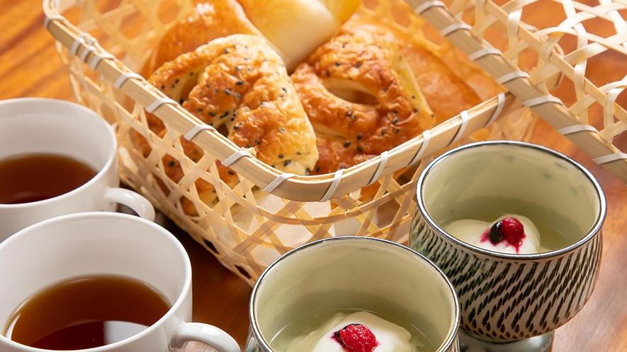パンとコーヒーとヨーグルト