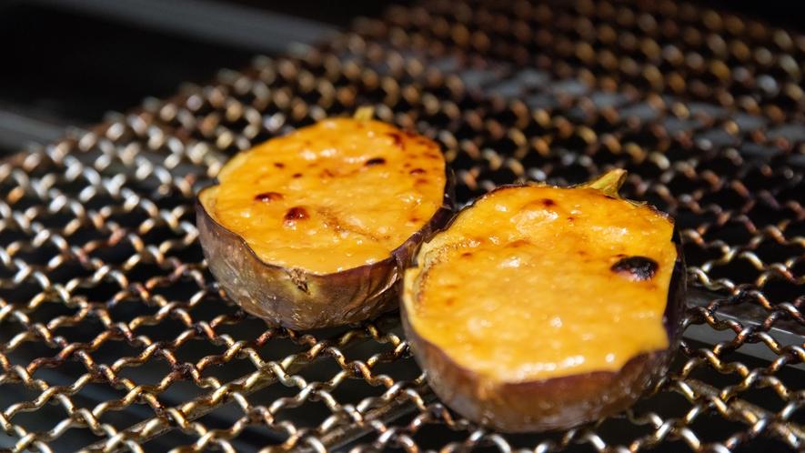 **【折戸茄子会席/焼き物一例】特製味噌を丁寧に塗ってじっくり焼き上げます
