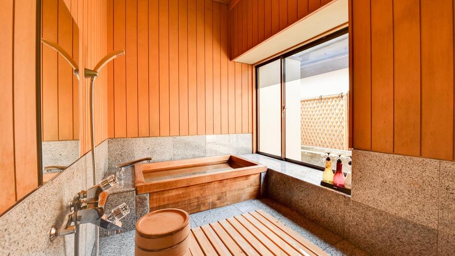 **【雅:1階・庭園を望む和室一例】お部屋には檜風呂がついております
