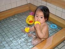 赤ちゃんの露天風呂