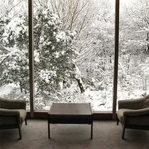 岩沼屋の冬景色…秋保は雪深いところではありませんが、雪の景色もまた、楽しみの一つです。