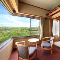清涼館…全室南向き。広々とした和室で、のんびりと温泉旅を満喫頂けます。
