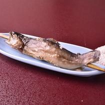*【夕食(一例)】八海山の清水で育てられた、臭みの無い身のしまった岩魚。