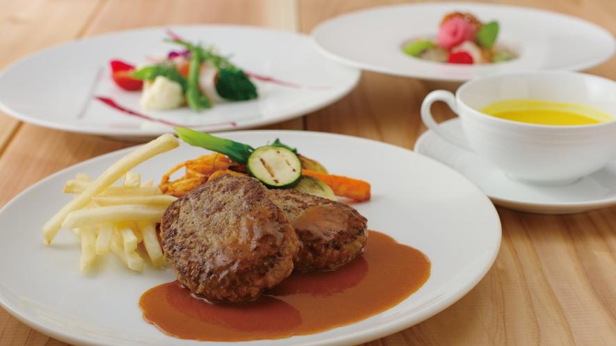 那須のフランス料理『メリメランジュ』★お子様コース料理一例 特製やわらかハンバーグプレート