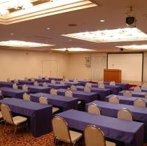 会議室も完備。研修会やミーティングルームとしてご利用いただけます。