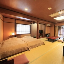 和風ローベッド付きのお部屋は18畳「橙彩」