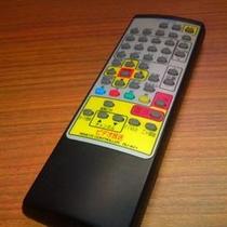 テレビリモコンの「電源」位置について