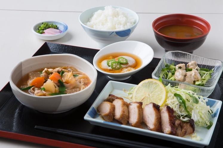 夕食 日替わり定食(一例)