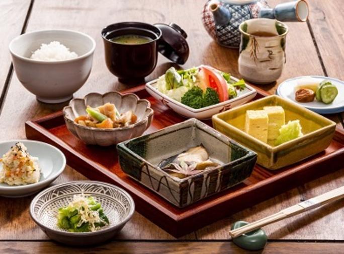 【  選 べ る 朝 食 付 き プ ラ ン  】
