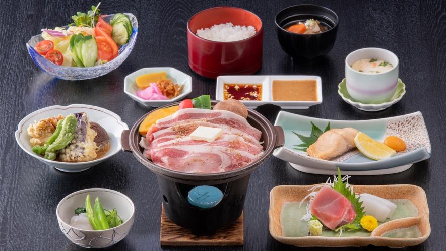 夕食の和食会席「妙義コース」(イメージ。季節や仕入れ状況によって内容は一部変わります)