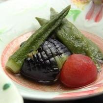 夕食_自家製野菜皿