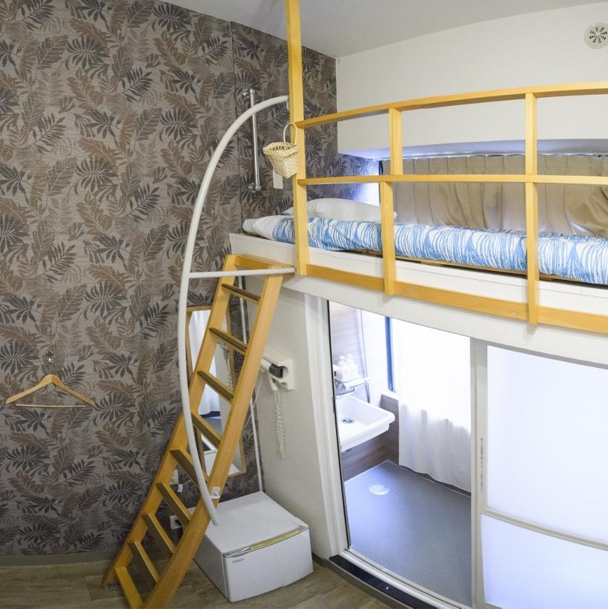 新感覚のセミダブルロフトベット!! 高さ4m・7平米のスタンダードルーム