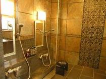 2F 女性大浴場 シャワー