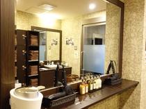 2F 女性大浴場 脱衣室