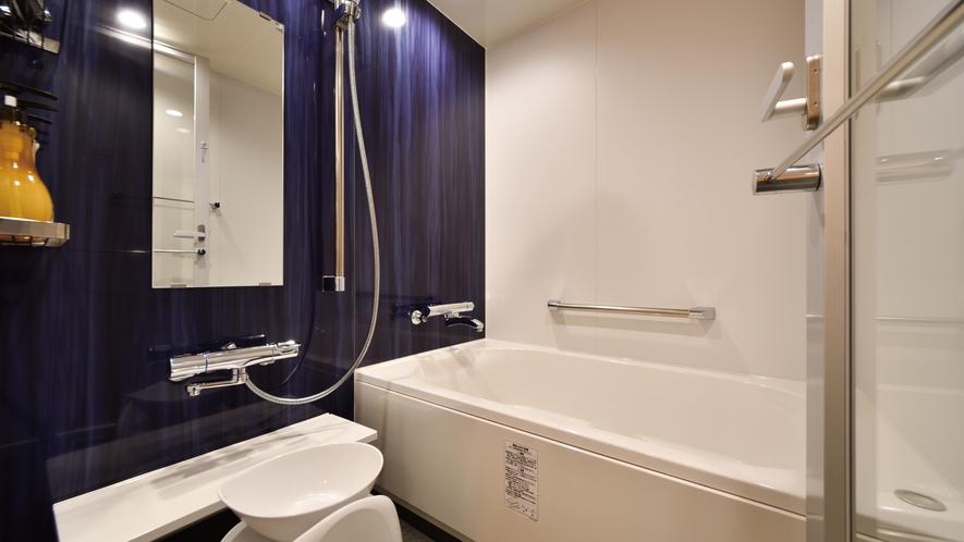 フォースルーム・トリプルルーム・デラックスツインルームはバストイレ別