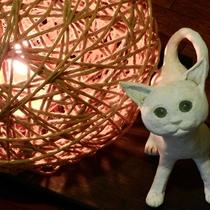 *【館内展示物】こちらは間接照明です。柔らかい光が、心を落ち着かせてくれます。