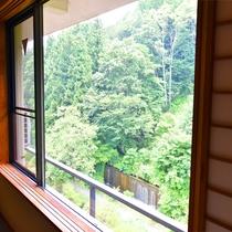 *【景観】お部屋の窓からは、四季折々の景色をお楽しみ頂けます。