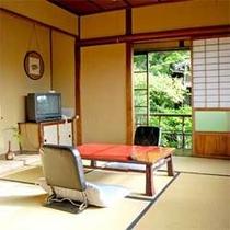 【清風荘】茶室のような趣のある小さな離れ家でのんびりおくつろぎください。